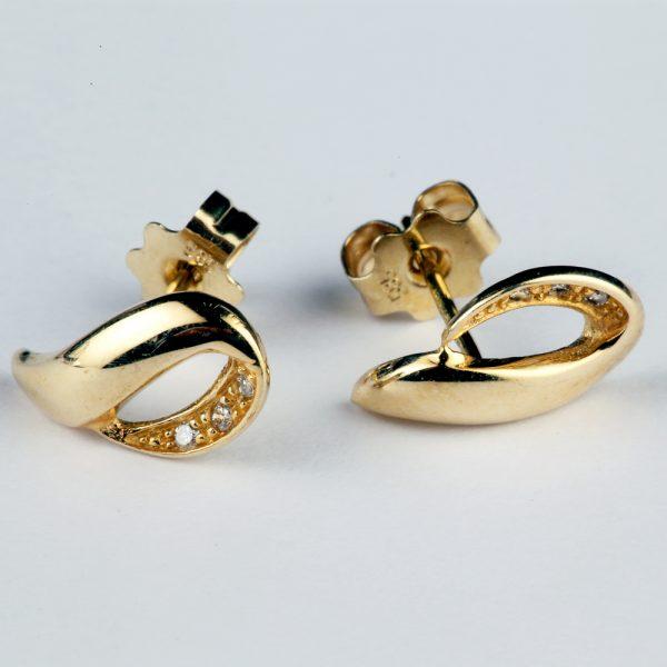 Teemantidega kuldkõrvarõngad